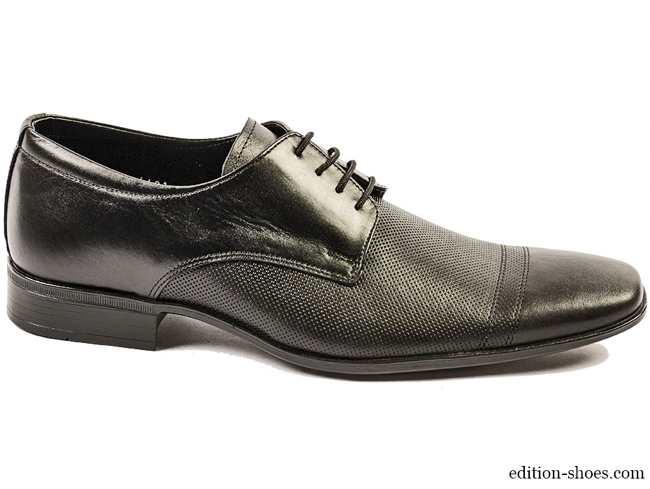 Мъжки обувки черни с връзки 3462