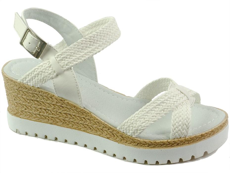 Дамски сандали бели 7143
