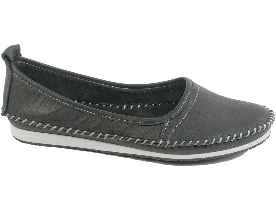 Дамски обувки черни 7649