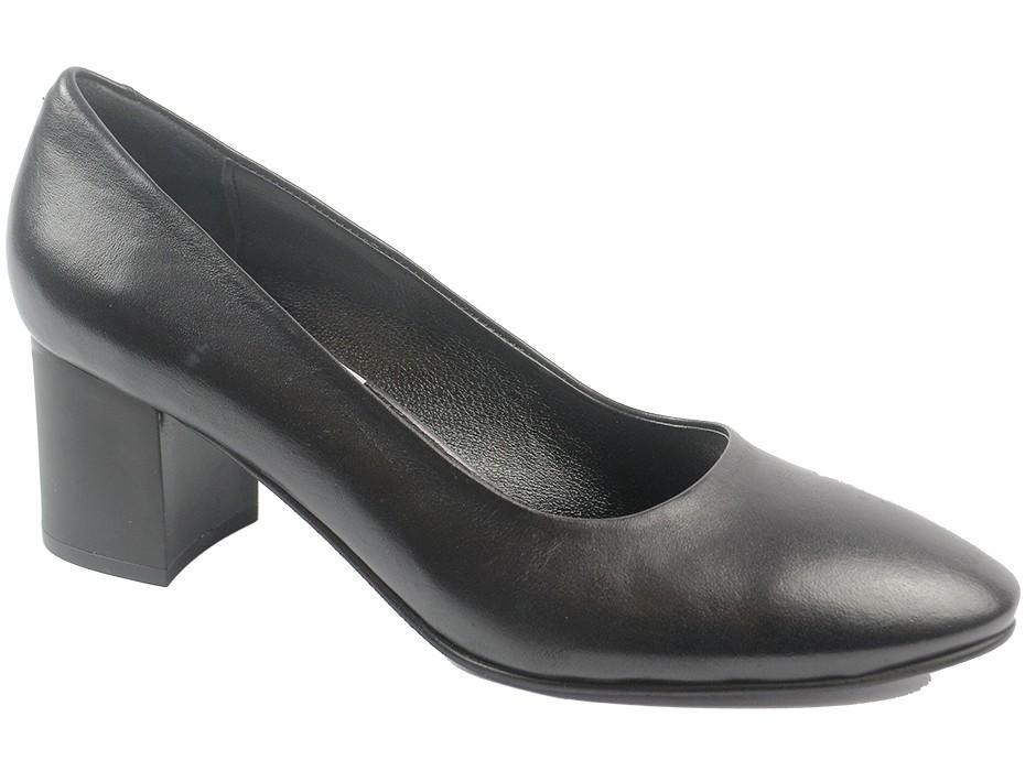 Дамски обувки черни 8705