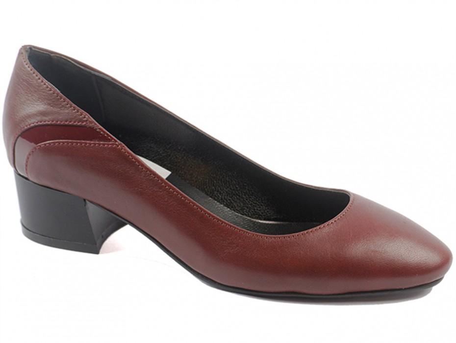 Дамски обувки бордо 9378