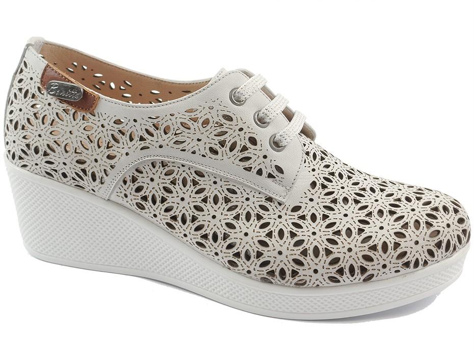 Дамски обувки бели 8754