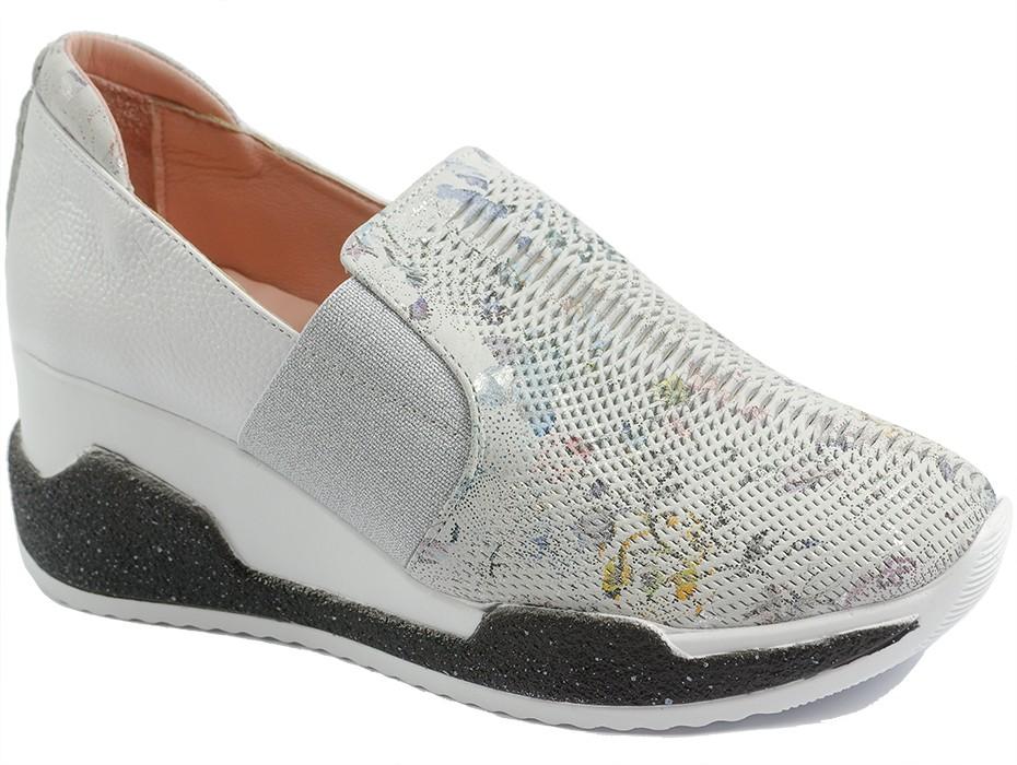 Дамски обувки бели 10065
