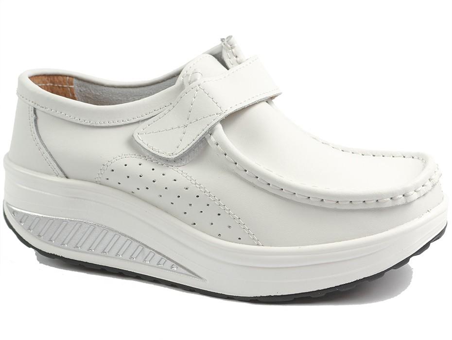 Дамски обувки бели 10074