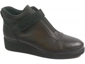 обувки-Дамски боти черни 9164