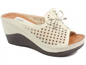 Дамски чехли бежови 10200 - obuvki