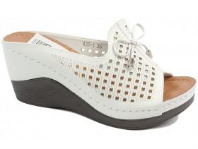 Дамски чехли бели 10201