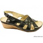 обувки - Дамски сандали черни с 3 каишки 3111